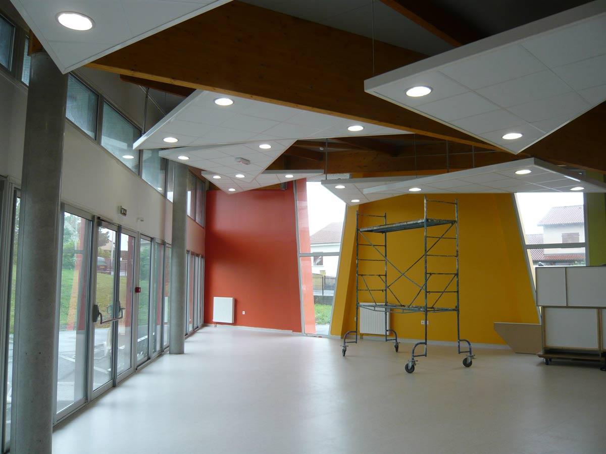 grande salle Etablissement MRS Le Cendre Gonin Architectes
