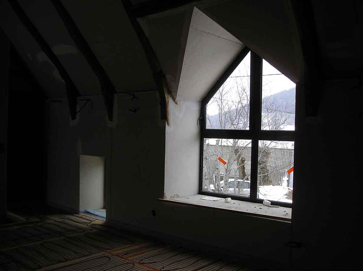 Grande lucarne intérieur Maison GO