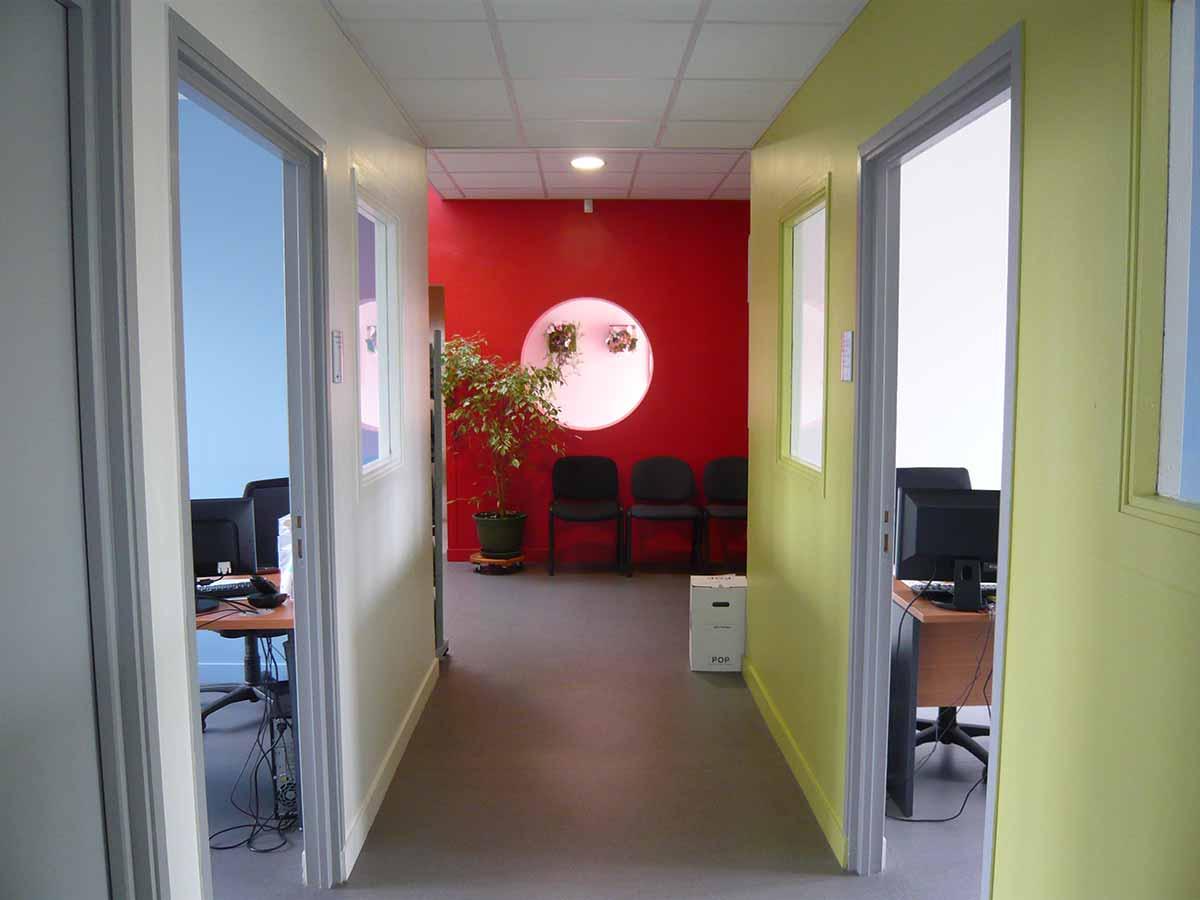 Couloir du siège CMA à Clermont Ferrand