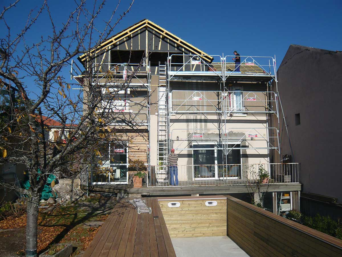 Pendant les travaux extension de la maison BO Beaumont en Auvergne
